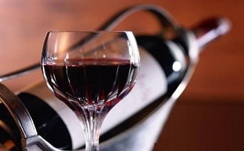 红酒葡萄酒.jpg